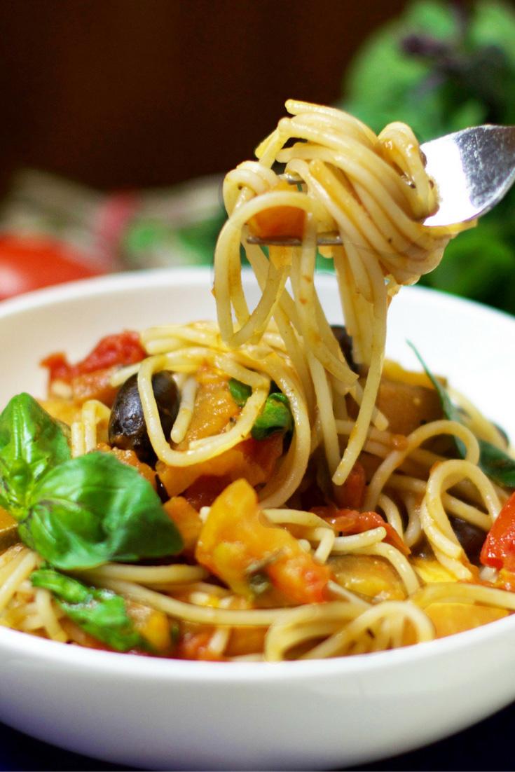 Rich Tomato Pasta Sauce Vegan Oliviabudgen Blog
