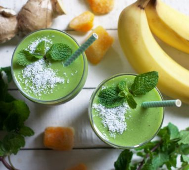 Refreshing Mango Mint Smoothie