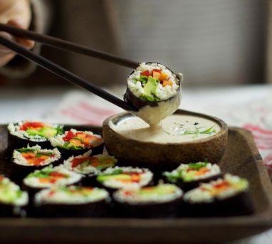Vegan Cauliflower Rice Sushi